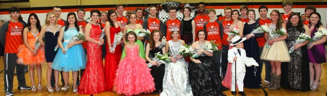 Homecoming Court 2016cropped