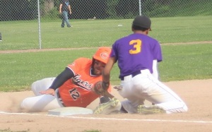 0Hillis slides safely into thirdresizedcropped