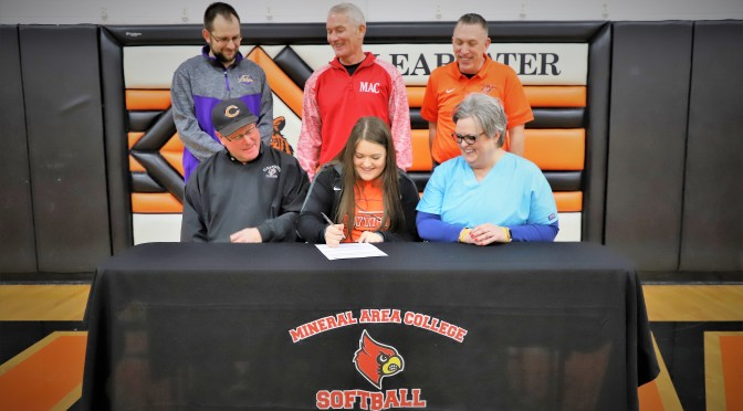 HOLMES SIGNS TO PLAY SOFTBALL WITH MINERAL AREA COLLEGE